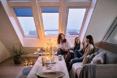Homeplaza - Faltstores und Rollos verbessern die Wärmedämmung am Dachfenster - Mit Sonnenschutz durch den Winter