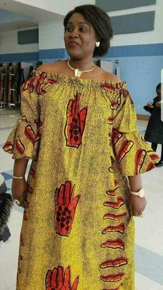 Imprimé africain maxi robe/africaine femmes maxi robe, robe Maxi, épaule maxi robe, robe Boho - Classy African print outfits made and shipped from Houston to Texas with high quality fabrics. Contact us for expedited shipping. African Fashion Ankara, Latest African Fashion Dresses, African Print Fashion, Africa Fashion, Ghana Fashion, Fashion 2017, Mens Fashion, African Style, Fashion Outfits