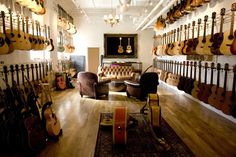 Acoustic Heaven - Chicago Music Exchange, Illinois, US by Rick Goltowski