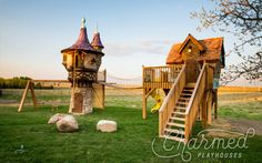 PHOTOS: Charmed Playhouses Inc. creates the fairy tale playhouses even adults want! Kids Playhouse Plans, Outside Playhouse, Build A Playhouse, Playhouse Outdoor, Simple Playhouse, Castle Playhouse, Playhouse Kits, Dog Houses, Play Houses