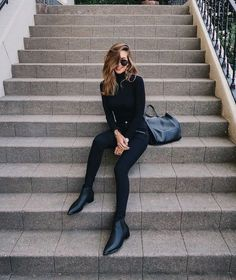 All black outfit - Outfits ta Winter Fashion Outfits, Look Fashion, Chic Outfits, Fashion Models, Fall Outfits, Womens Fashion, Woman Outfits, Fashion Weeks, Holiday Outfits