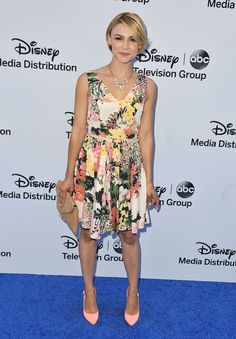 Samaire Armstrong at the 2013 Disney Media Upfronts - perfect spring outfit!
