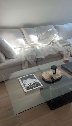 Living Room Decor, Bedroom Decor, Aesthetic Room Decor, Dream Apartment, Home Room Design, Dream Rooms, My New Room, House Rooms, Home And Living