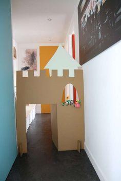 chateau carton couloir appartement enfant