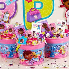 Reward your birthday girl's friends with buckets-of-friendship! Stuff Doc McStuffins favor containers with cool goodies the little docs will ♥!