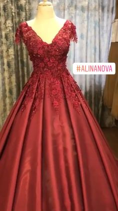 Modest satin ball gown prom dresses with lace cap sleeves. Royal Ball Gowns, Ball Gowns Prom, Ball Gown Dresses, Event Dresses, Indian Gowns Dresses, Prom Dresses Blue, Modest Dresses, Indian Wedding Gowns, Dress Wedding