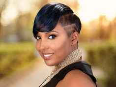 Universalsalons.com is one of the largest and most up to date black hairstyles galleries on the web. Our gallaries are seperated into multiple categories for easy viewing. Each hairstyle features multiple images and hair salon contact information.