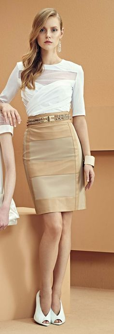 tan + white work outfit | Skirt the Ceiling | skirttheceiling.com