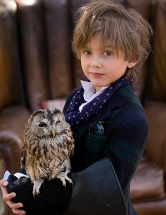 Quinoa loved the entire back to school look she put together for her friend Clemente, but was especially proud of the live owl accessory. #MIWDTD