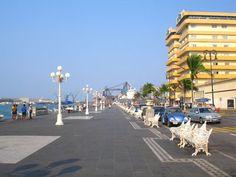 El famoso Malecón de Veracruz, Mexico