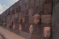 Tiwanaku - wall of faces