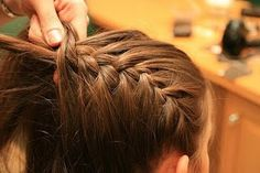 How to do different braid styles. Actually super helpful, a good source to have. French, inverted, fishtail, | http://tiramisucakerecipes.blogspot.com
