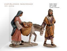 HUIDA A EGIPTO. Figuras de belén/pesebre, de terracota policromada, de 11 cm. Autor José Luis Mayo Lebrija.