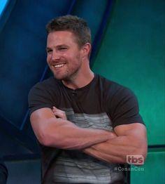 A handsome guy Stephen Amell Arrow, Arrow Oliver, Team Arrow, Arrow Tv, Supergirl, Susanna Thompson, Tommy Merlyn, Colin Donnell, Tom Mison