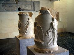 Hispania / Roman Spain - Carthago Nova (Cartagena, Murcia, España).  Altar de Júpiter y de Minerva, finales Siglo I a.n.e. - Coming from the Altar of Jupiter and Minerva. Marble of Carrara. End of the 1st century b.C.