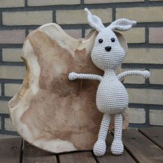 Now I did made various animals, the rabbit shouldn't be left behind. Actually, this was the first one of all animals I did design, but I choose to publish it now. It's such a funny little friend and I adore him, so my daughter does. It's a great benefit that you can choose to crochet him in one color, or two, whatever you choose to do in your own creation. It's just that I did love to continue to crochet along without stopping or have to change colors. Stig is about 28cm tall.