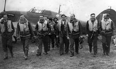 21 August 1940  There were no fatalities today although there were 3 Hurricanes, 2 Blenheims and 6 Spitfires either lost or damaged. The Germans lost 6 Junkers Ju 88, 2 Messerschmitt Bf 109, 6 Dornier Do 17 and 1 Heinkel He 111. Photo: Pilots from 303 Squadron.