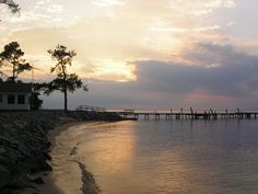 """Located in northeastern North Carolina on the Albemarle-Pamlico peninsula, Columbia is on the eastern shore of the Scuppernong River. The Indians called the area """"the place of the sweet bay tree."""""""