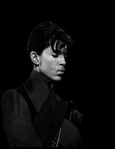 Missing U Baybee 💜 💜💜 🙏🏽🙏🏽 Starfish And Coffee, Prince Images, Roger Nelson, Prince Rogers Nelson, Purple Reign, My Prince, Beautiful One, Prince Charming, Music Is Life
