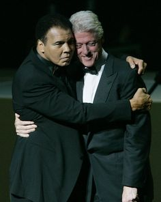 Muhammad Ali was one of the most inspiring athletes in history. Here are 30 of the greatest Muhammad Ali quotes to inspire you to achieve your own goals. Mike Tyson, Citation Mohamed Ali, Muhammad Ali Quotes, Photo Star, Float Like A Butterfly, Boxing Champions, Qi Gong, American Presidents, African American History