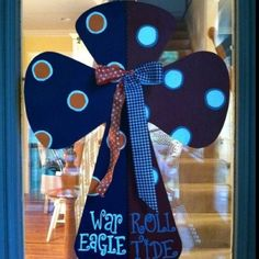 A house divided! Cute door hanging.