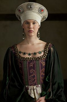 10 WTFrock Moments in The Tudors: Poor Anne of Cleves