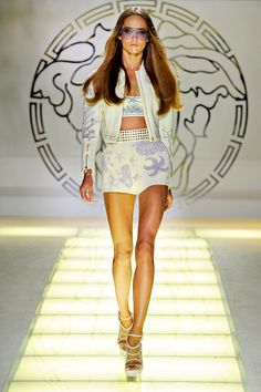 versace, wow love this whole collection