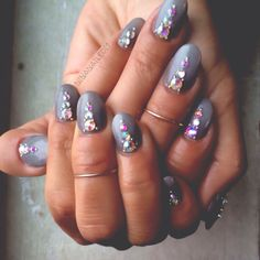 grey nails with jewels
