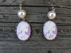 Purple Cameo White Pearl by SavannahVoodoo on Etsy, $9.00