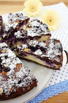 Cheesecake-Brownies mit Blaubeeren