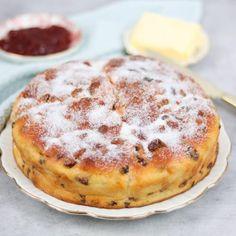 Dutch Recipes, Sweet Recipes, Baking Recipes, Cake Recipes, Cooking Bread, Bread Baking, Beignets, Sweet Pie, Healthy Baking
