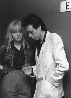 Mick Jones and Ellen Foley Ellen Foley, Topper Headon, Paul Simonon, Mick Jones, Pork Pie Hat, Joe Strummer, The Clash, Natasha Romanoff, Star Fashion