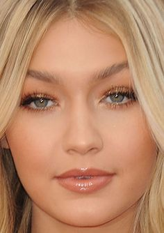 Close-up of Gigi Hadid at the 2014 American Music Awards. http://beautyeditor.ca/2014/11/26/american-music-awards-2014