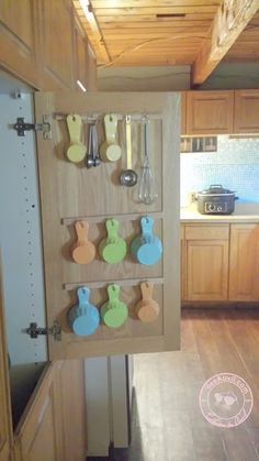 deeAuvil: Finally made a DIY Solution for Measuring Cup Storage