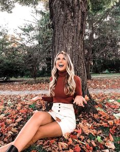 White skirt outfits for senior pictures, fall senior pictures, fall Fall Winter Outfits, Autumn Winter Fashion, Fall Fashion, City Fashion, Cheap Fashion, Winter Style, Mode Outfits, Fashion Outfits, Skirt Outfits