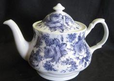 Roy Kirkham English Tea Pot