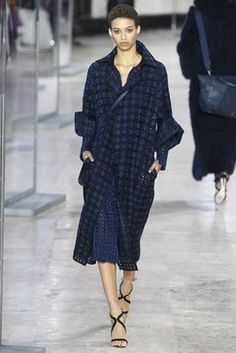Akris Fall 2017 Ready-to-Wear collection.