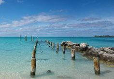 8 real pirate havens worth a visit | Jaws Beach, Bahamas
