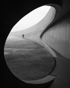 black and white photography of architecture Schwarzweißfotografie der Architektur Architektur Baroque Architecture, Minimalist Architecture, Amazing Architecture, Landscape Architecture, Interior Architecture, Concrete Architecture, Light Architecture, Architecture Details, Zaha Hadid