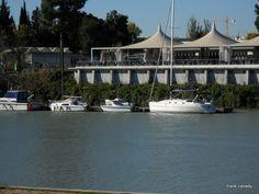 Boats on The River - Barcos en El Rio
