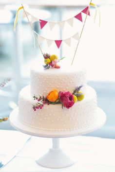 Beautiful cake with real flowers.