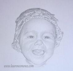 Dessin portrait fusain et mine graphite . Portrait de bébé réalisé d'après photo sur papier dessin.
