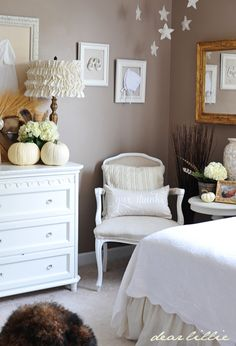 white, neutral, burlap, wood, would be great for a girls room