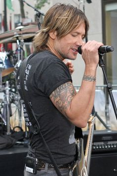 Keith Urban's Nicole tattoo