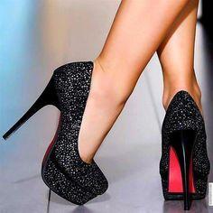 Google Image Result for http://s4.favim.com/orig/50/black-heels-chic-cool-cute-elegant-Favim.com-454811.jpg