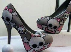 Skulls N Bows