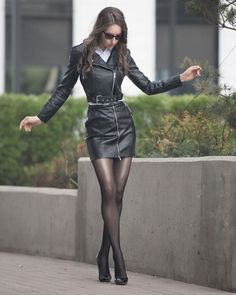 Absolutely stunning leather outfit with heels and black nylons! Po… Absolutely stunning leather outfit with heels and black nylons! Pantyhose Outfits, Pantyhose Heels, Black Pantyhose, Tights And Heels, Leder Outfits, Sexy Legs And Heels, Fashion Tights, Fashion Hats, Fashion Ideas