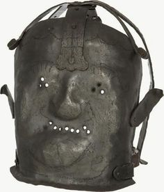 Curiosities: Disturbing Asylum Pictures from the Past insanity mask 17 century. Mental Asylum, Insane Asylum, Jeff Koons, Creepy Pictures, Strange Pictures, Scary Photos, Medical History, Macabre, 17th Century