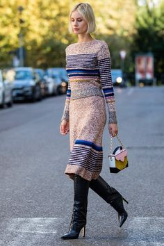 10 Knee-High Boot Outfits That Won't Look Like You're Stuck in 2016 (Plus 2 to Skip) #purewow #street style #boots #shopping #shoppable #fashion #outfit ideas #trends #style #shoes Star Fashion, Trendy Fashion, Girl Fashion, Fashion Boots, Petite Fashion, Curvy Fashion, Fashion Clothes, Frye Riding Boots, Cool Girl Style
