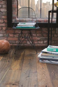 8 Secure Tips AND Tricks: Industrial Table Circle industrial wall decor cuisine.Industrial Chic Home industrial lighting edison bulbs. Metal Industrial, Industrial Mirrors, Industrial Wallpaper, Industrial Stairs, Industrial Flooring, Industrial Apartment, Industrial Bedroom, Industrial Living, Industrial Furniture